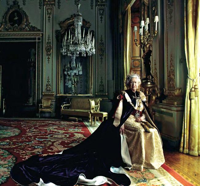 annie-leibovitz-retrato-de-la-reina-isabel-ii-de-inglaterra-2007